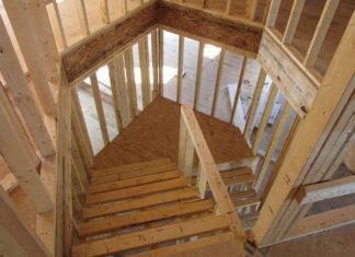 Wybór schodów do domu