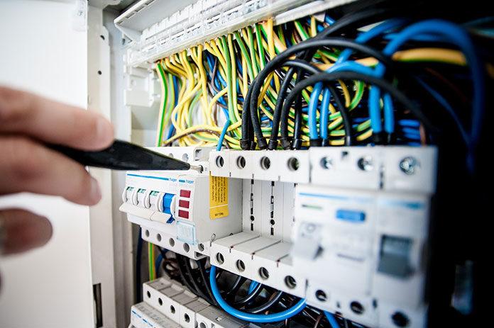 Czym są przewody elektryczne?
