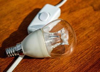 Co wpływa na ceny energii elektrycznej