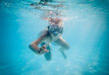 Klejenie basenu, czyli jak naprawić basen przed sezonem