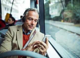 7 sposobów na zabicie czasu w komunikacji miejskiej