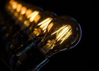 Jak wybrać odpowiednie oświetlenie do pokoju?