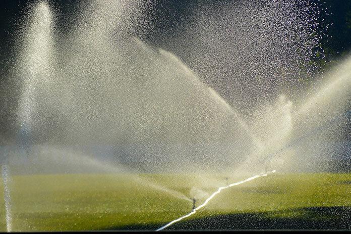 Jakie korzyści wiążą się z posiadaniem zbiornika na deszczówkę
