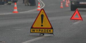 Jakie zabezpieczenia są stosowane podczas prac drogowych