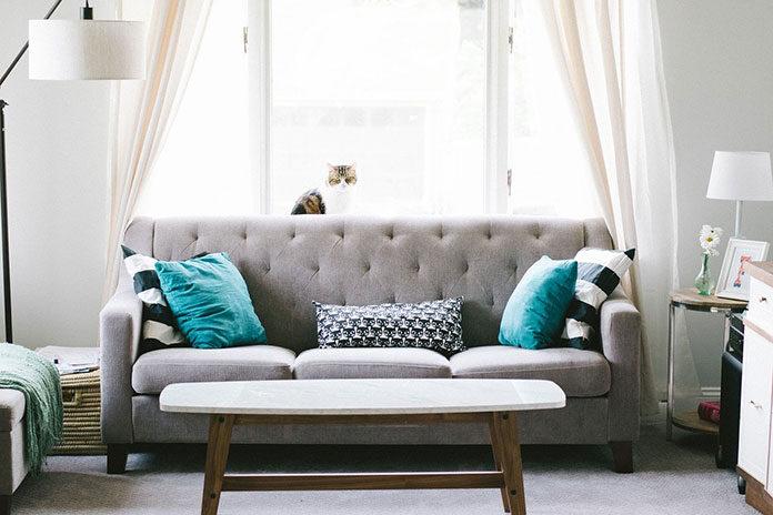 Poduszki w salonie