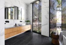 Jak wykorzystać płytki do dekoracji wnętrza domu